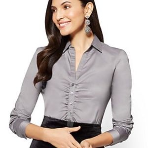 NY&CO Madison Ruched Stretch Shirt 7th Avenue